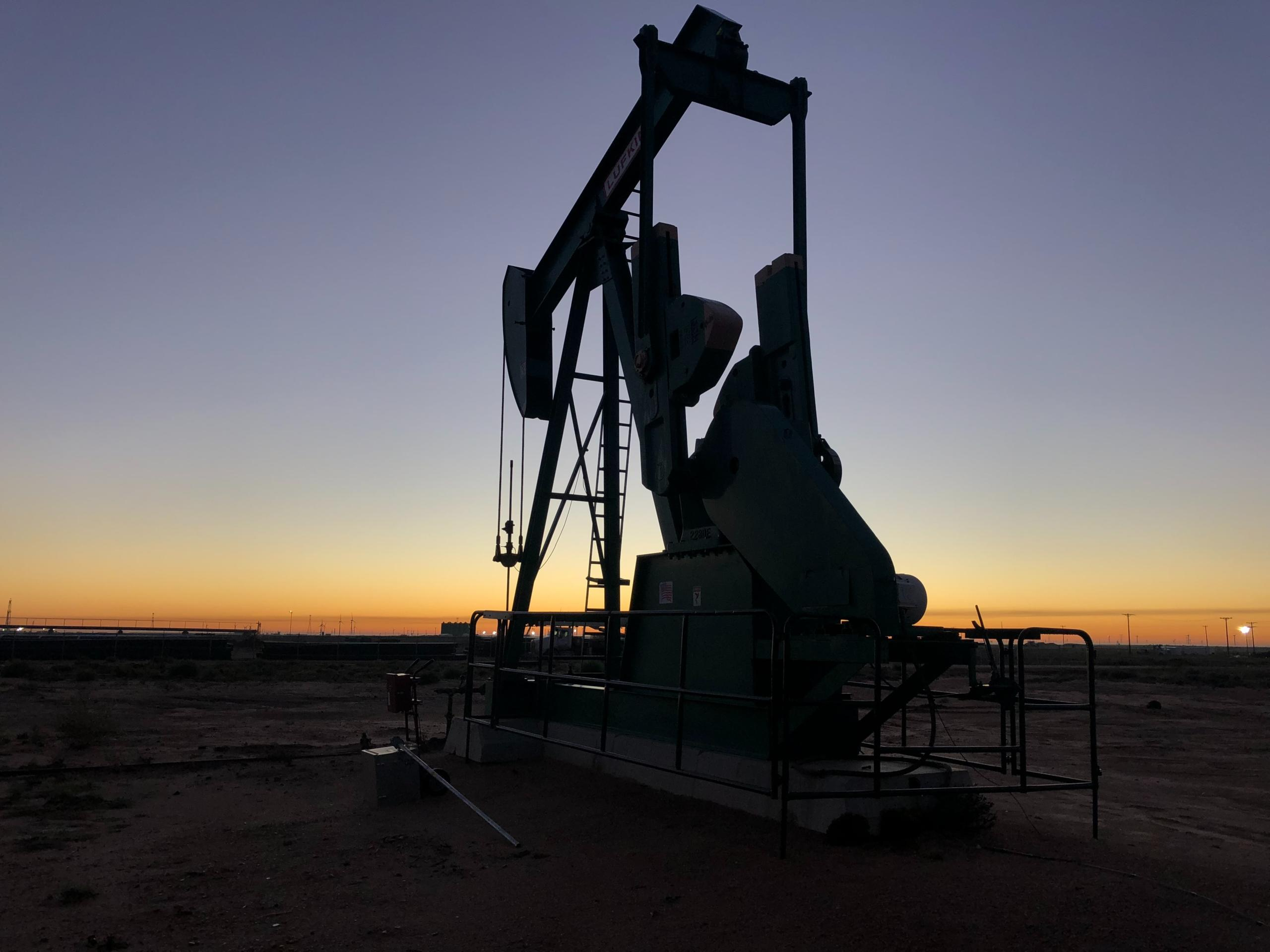 Oil and Gas needs lean, nimble and smart contracts to thrive
